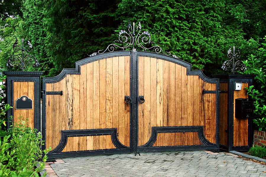Solid Wooden Gate example