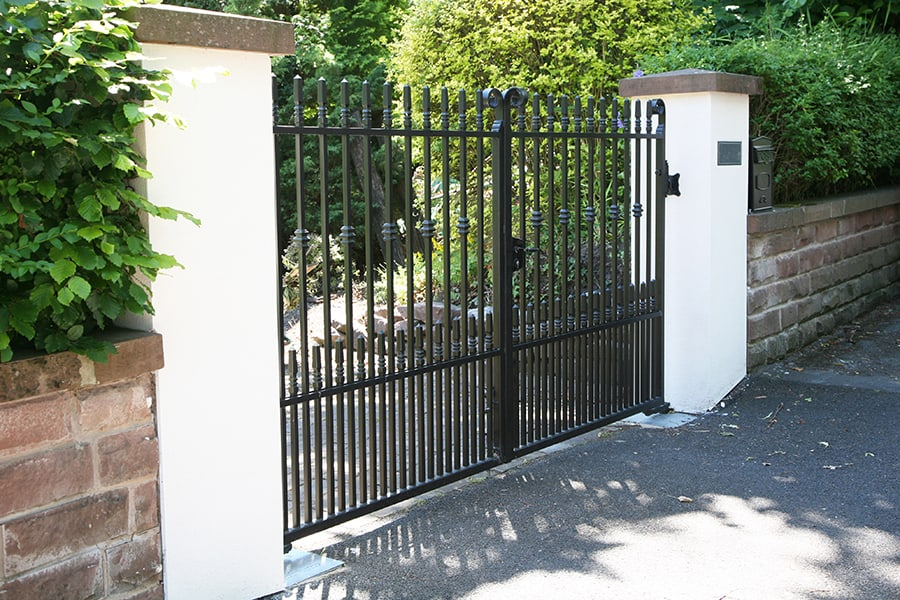 electric gate