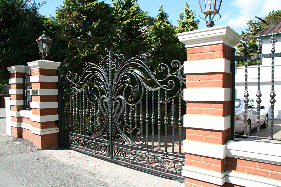 cast iron electric gate